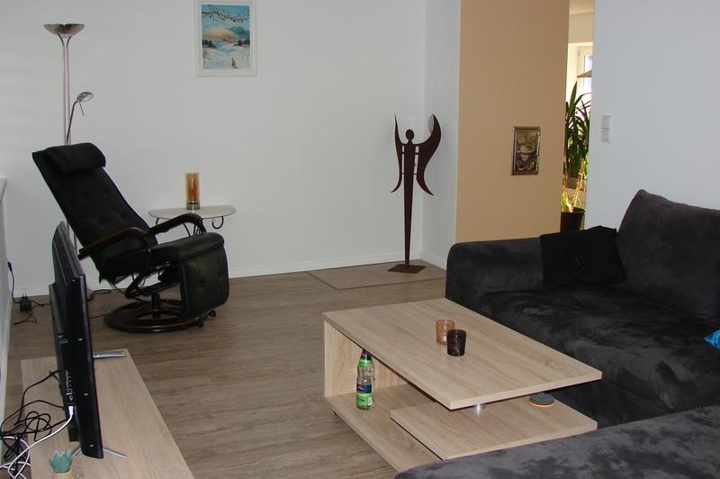 Wohnzimmer Mit Schlafcouch Wohnzimmer Mit Leseecke ...